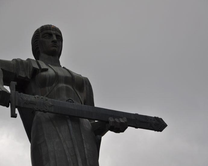 Mother Armenia Monument - Yerevan - Nina Stoessinger