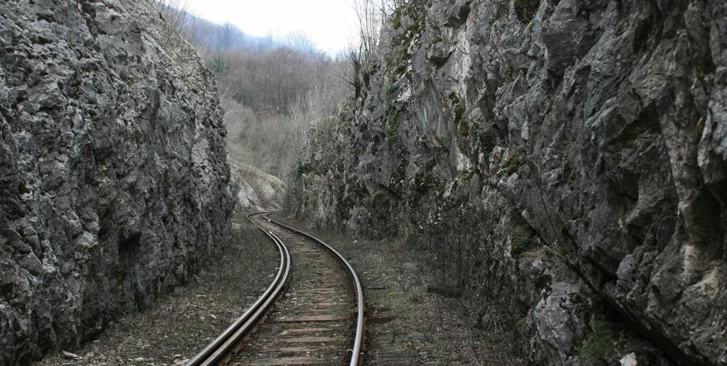 Train tracks - The_Armenite